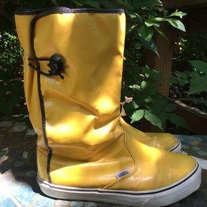 Sale! 🛍 Super Rare! Vans Dasan Yellow Rain Boots